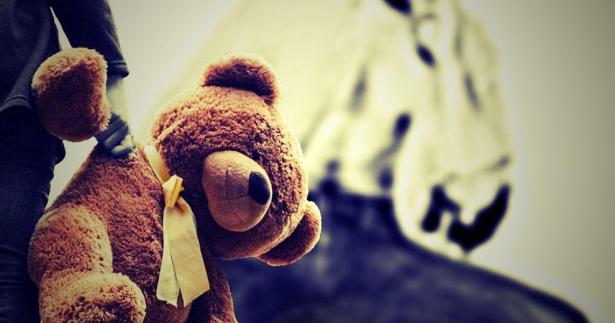"""Изнасилование 5-летней девочки в больнице Полтавы: подросток объяснил свои действия тем, что """"видел такое в кино"""""""
