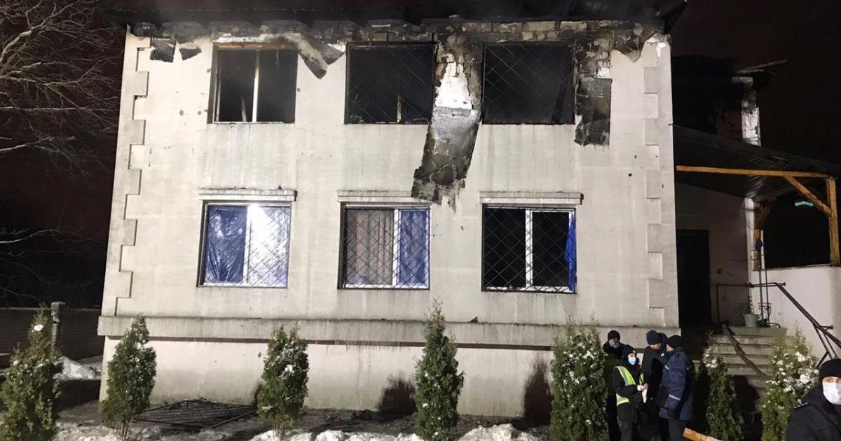 Масштабна пожежа в Харкові: правоохоронці затримали чотирьох осіб