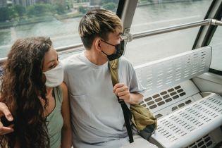 Обійми під час пандемії коронавірусу: користь чи небезпека зараження