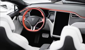Викликає серйозну тривогу: американські сенатори стурбовані безпекою Tesla