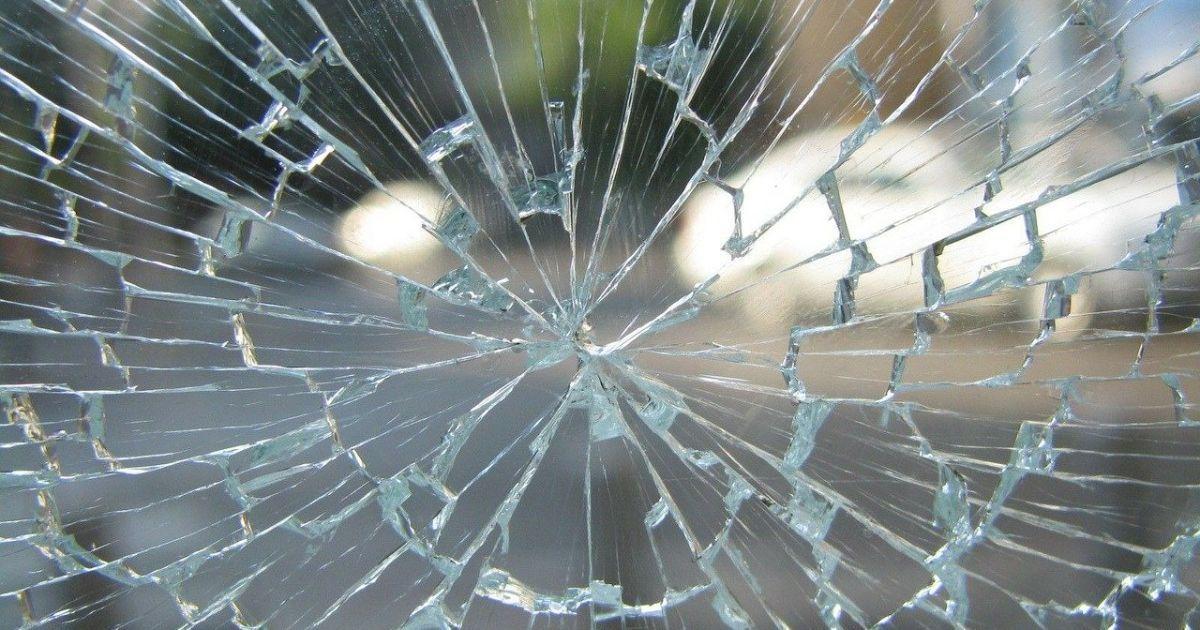 Попала под колеса маршрутки и заплатила штраф: во Львове суд наказал студентку, которая нарушила ПДД