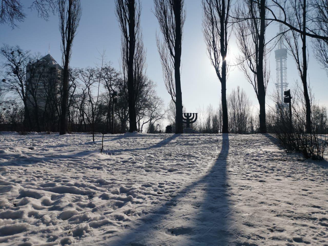 Бабин Яр. Місце, де побудують синагогу. Менора_3