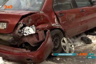 Мусоровоз против автомобилей: столичная Лукьяновка пережила настоящий утренний ужас