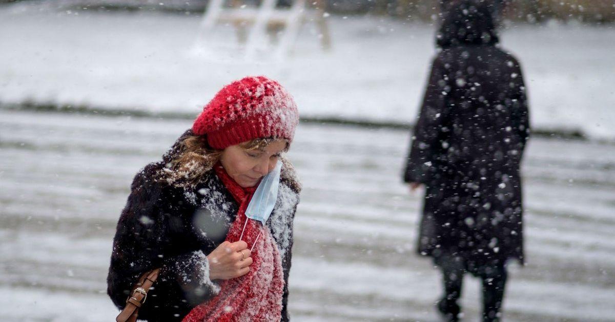 Правила карантина с понедельника, митинги в РФ, предупреждение о непогоде: главное на ТСН.ua за 23 января