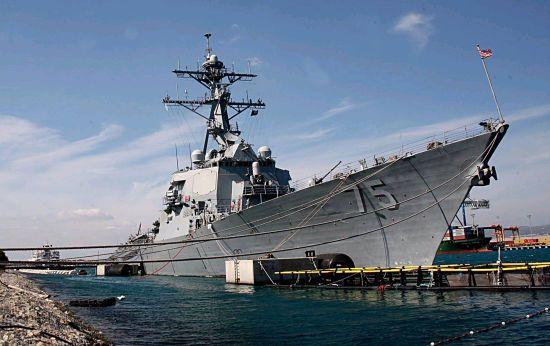 Дорога в Черное море: два американских ракетных эсминцавошли в Средиземноморье