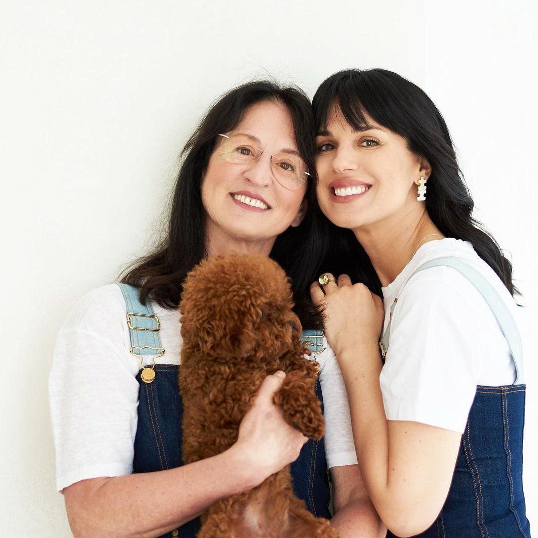 Маша Єфросиніна з мамою_1