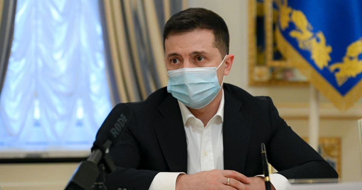 Зеленський запровадив санкції проти соратника Медведчука та наклав санкції на певні телеканали