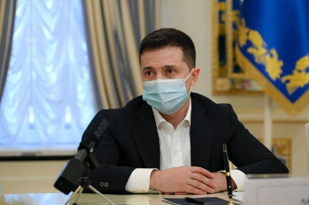 """Зеленский назвал строительство """"Северного потока-2"""" четвертым мощным ударом по Украине"""