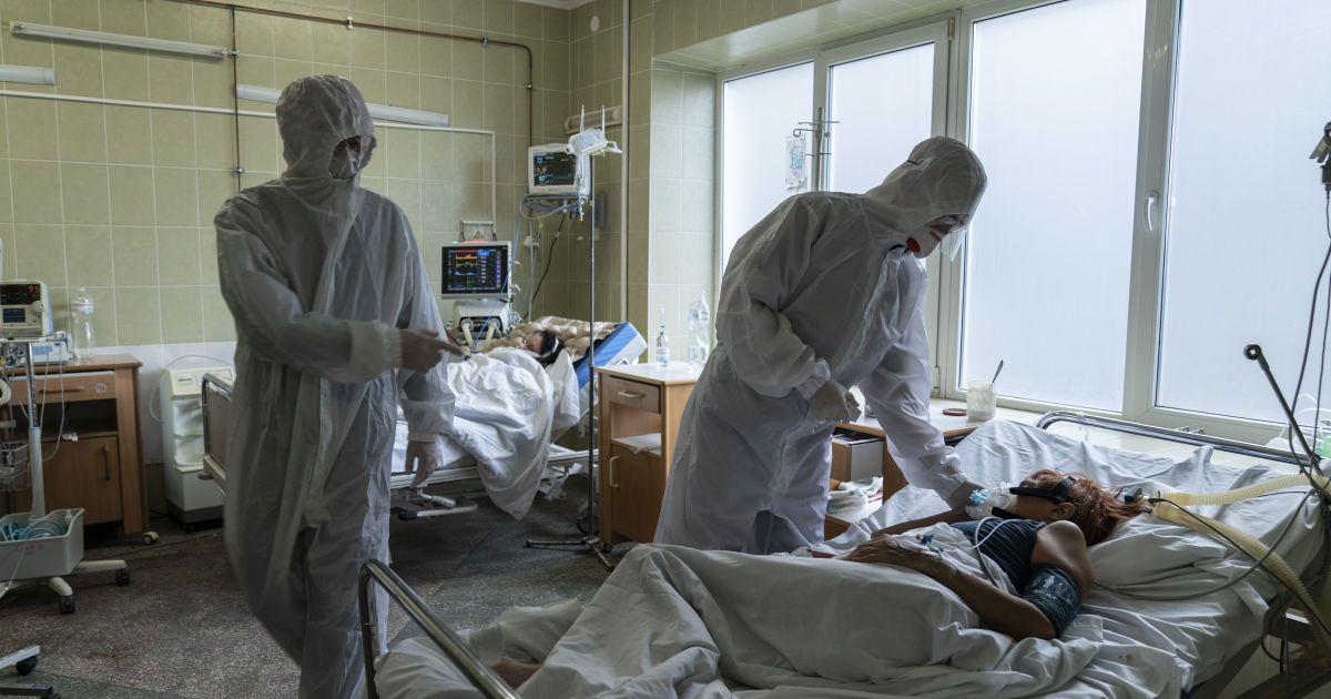 Более двух тысяч украинцев заразились коронавирусом повторно: кто больше рискует заболеть снова
