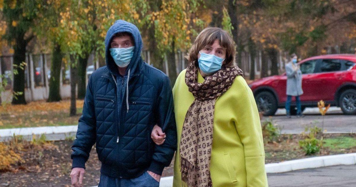 Про зараження коронавірусом може сигналізувати шкіра: дерматологи назвали три симптоми