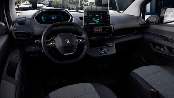 Peugeot e-Partner, салон