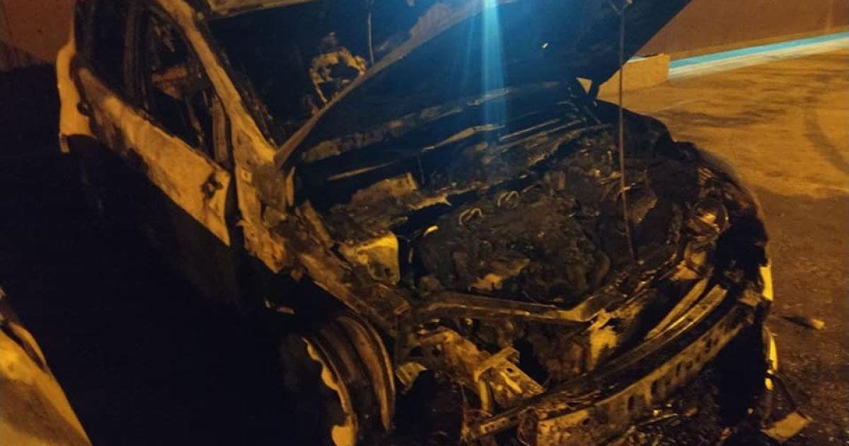 Сгорело дотла: в Хмельницкой области сожгли авто депутата горсовета