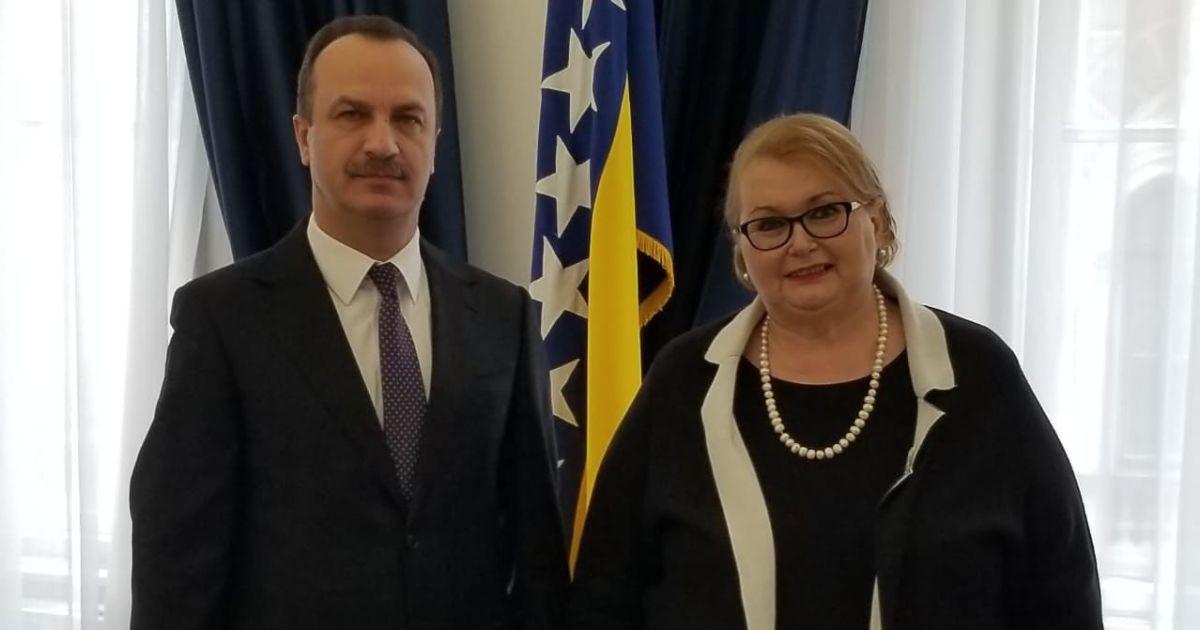 Посол Украины встретился с генпрокурором и главой МИД Боснии из-за иконы, которую дарили Лаврову