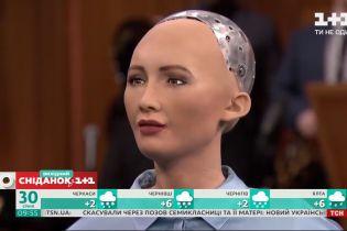 Розробники робота Софії хочуть запустити масове виробництво