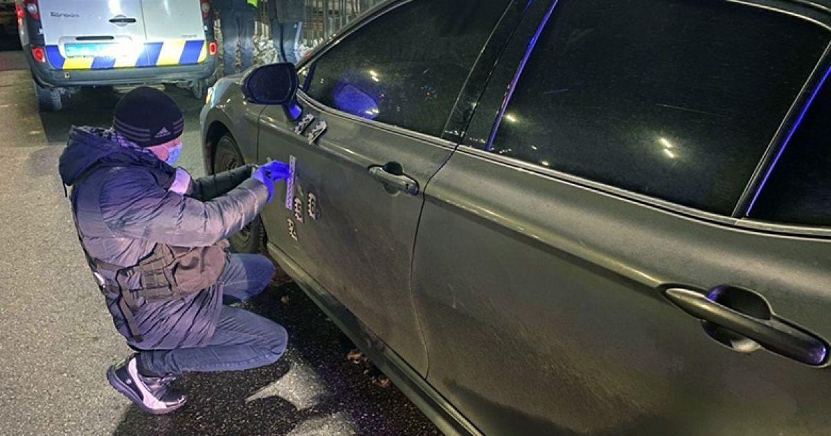 """Стрілянина у Києві: власник машини з кульовими отворами заявив, що """"так і було"""""""