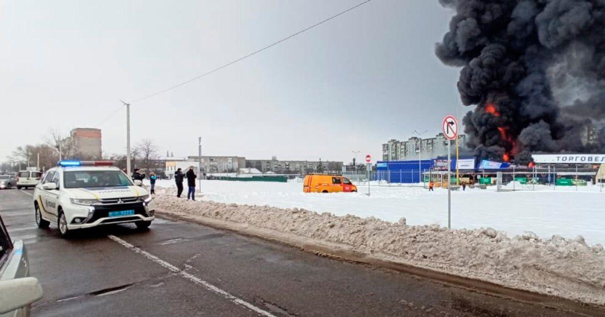 """Зашел с топором и ножом: поджигатель """"Эпицентра"""" в Первомайске едва не убил двоих охранников"""