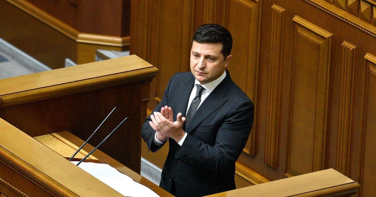 Зеленский остается лидером электоральных симпатий украинцев — опрос