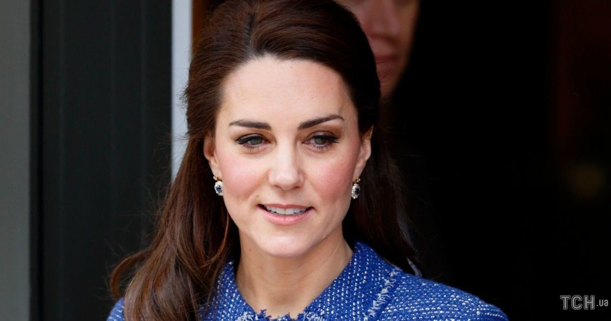 Сидить, як новий: герцогиня Кембриджська одягнула на роботу костюм трирічної давнини
