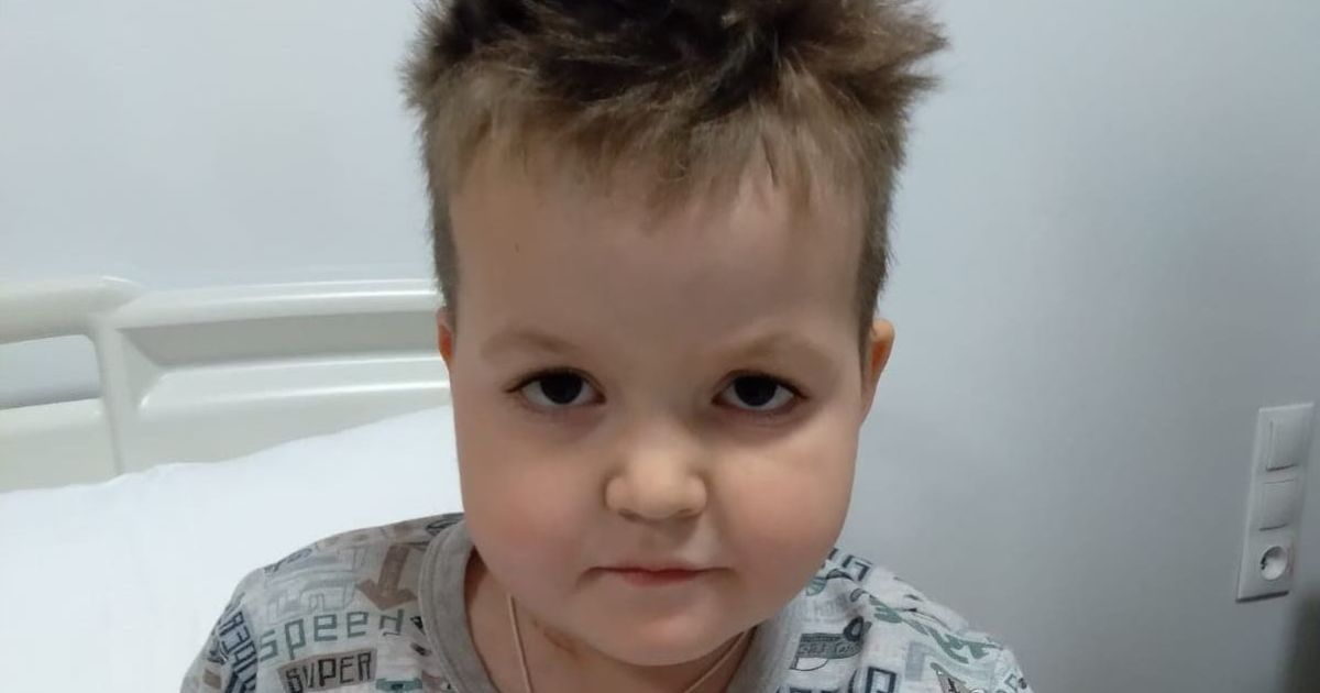 6-річний Максимко вже втретє бореться за своє життя з онкологією і потребує допомоги