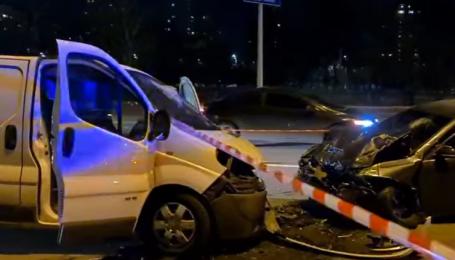 Допустил несколько столкновений и вылетел на встречную: в Киеве в результате ДТП погиб 26-летний водитель