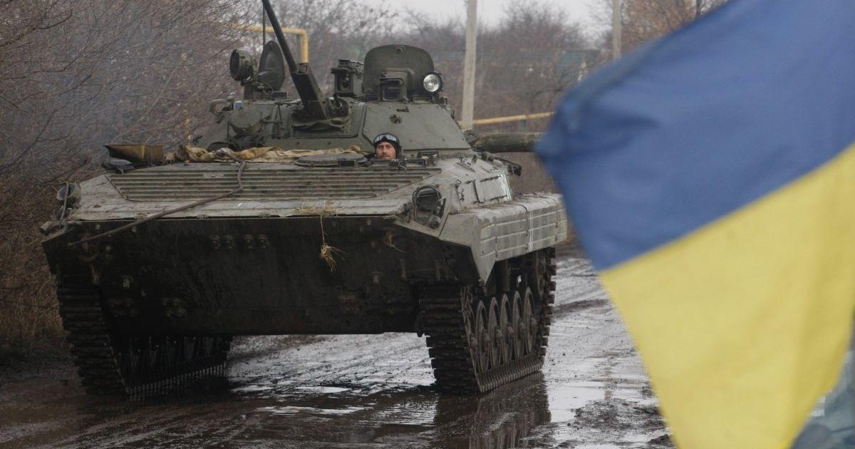 На Донбассе враг продолжает нарушать режим тишины: более десятка обстрелов за сутки