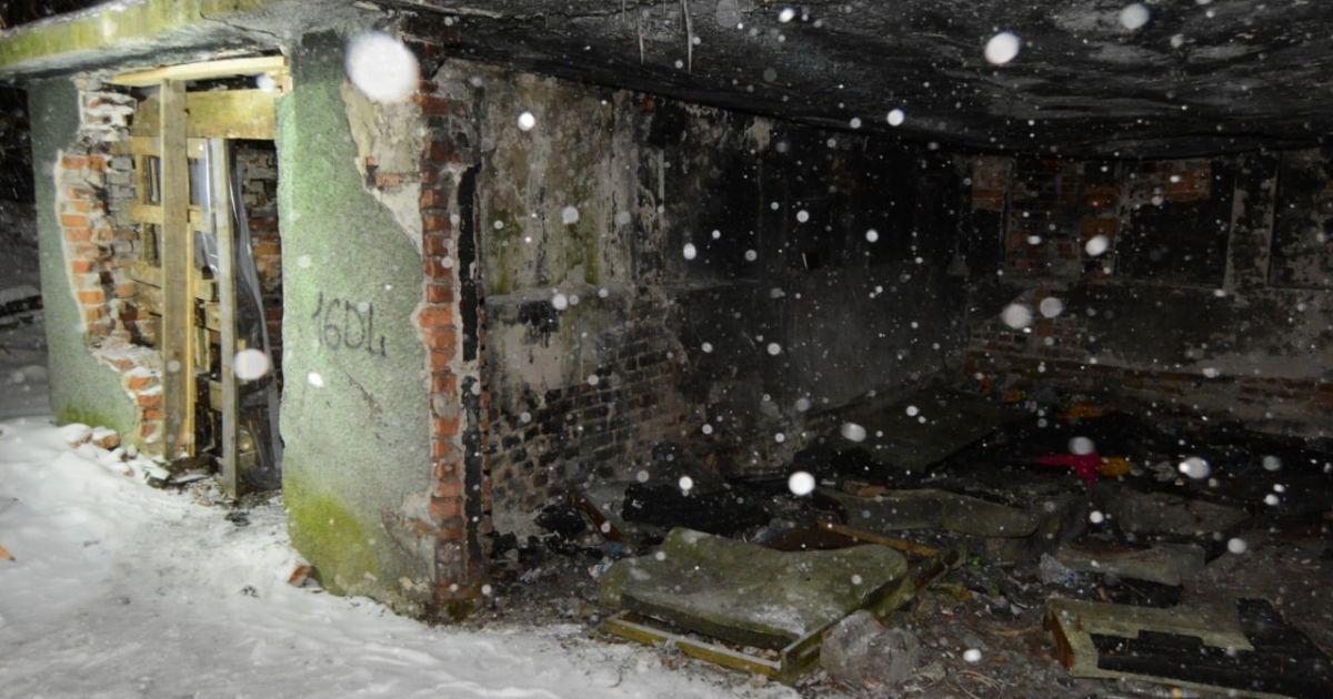 Во Львове убили мужчину, его тело нашли в заброшенном здании недалеко от центра города: фото