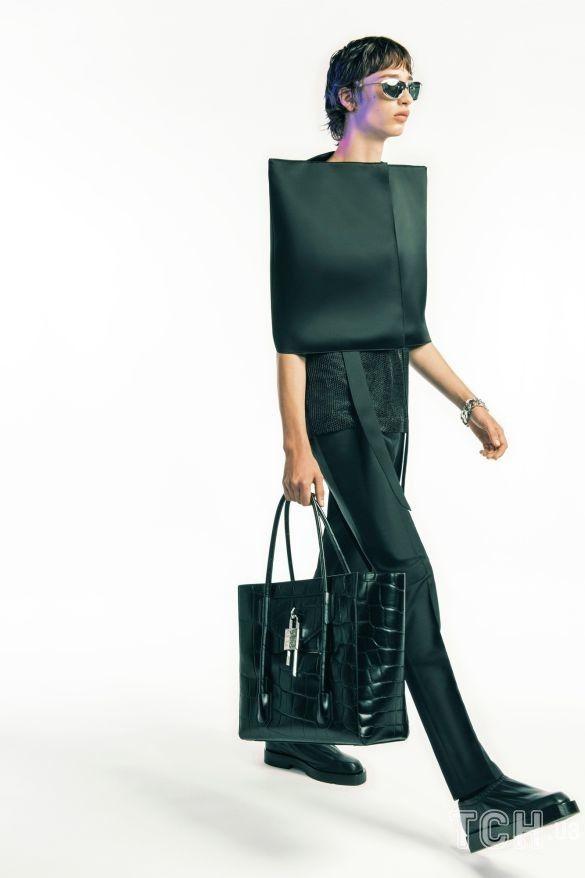 Коллекция Givenchy прет-а-порте сезона весна-лето 2021_46