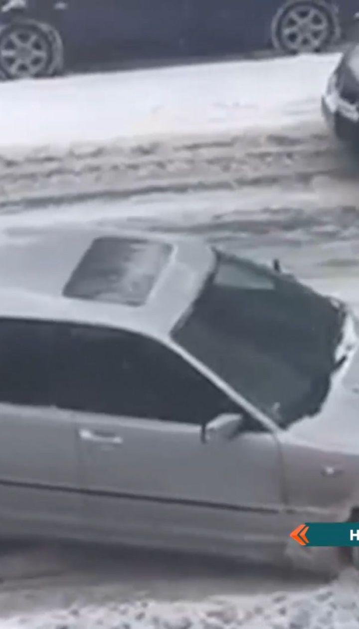 Снег вернулся на украинские дороги: с утра столица оказалась скованной в одной сплошной пробке