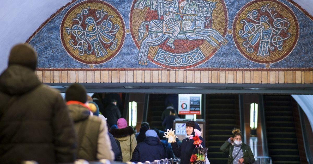 У метро Києва встановлять ще три сотні камер відеоспостереження: де вони з'являться і що фіксуватимуть