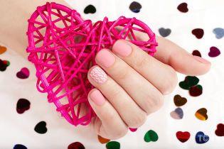 Маникюр на День святого Валентина: красивые идеи для вдохновения