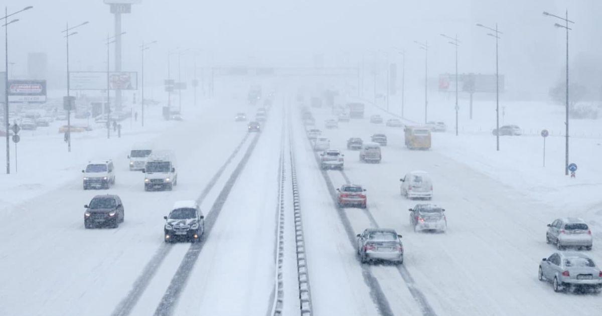 Ожеледиця на дорогах країни таналипання мокрого снігу: яка погода чекає на водіїв 11 лютого