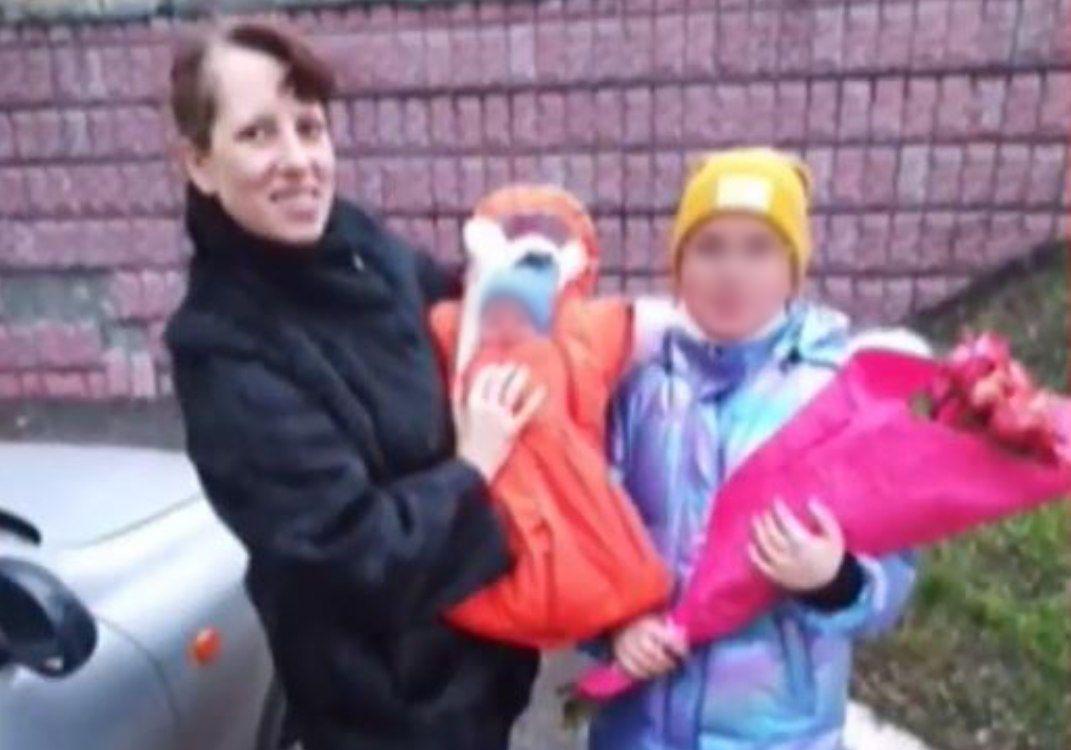 Катерина Попова з дітьми