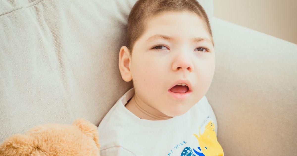 Тяжелое состояние сына заставило маму Жени обратиться за помощью