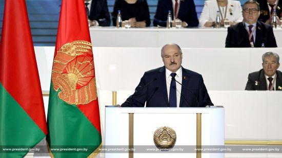 """""""Жить спокойно не дадут"""": Лукашенко о возможных протестах в Беларуси"""