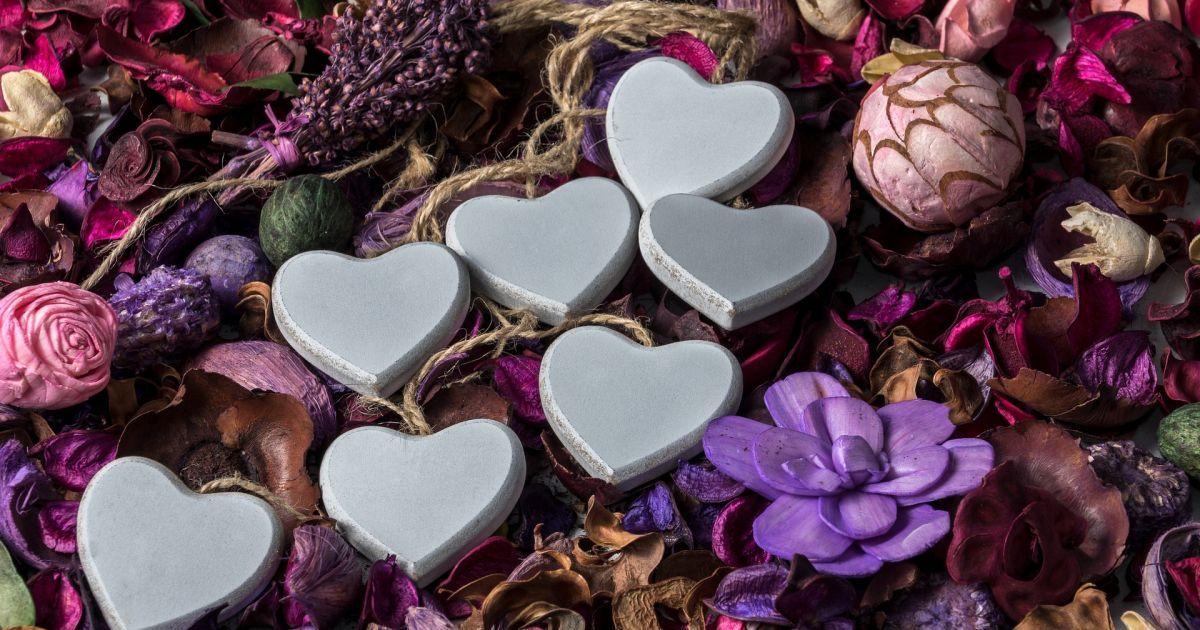Подарунки на День закоханих: що купують своїм близьким у 2021 році, та які ціни