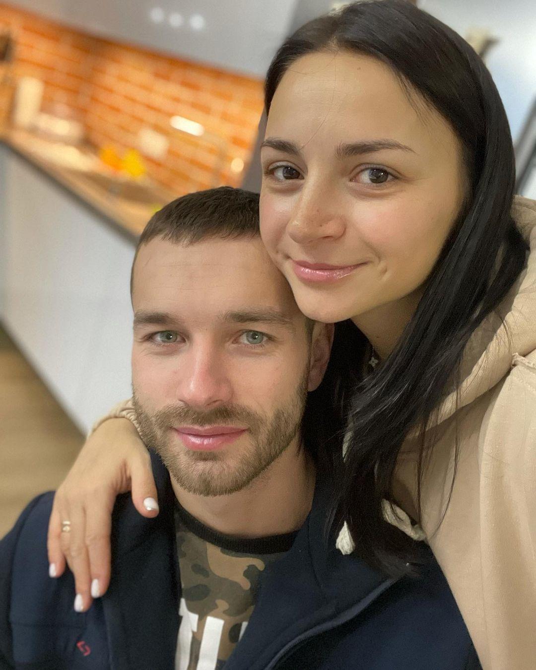 Ілона Гвоздьова з чоловіком