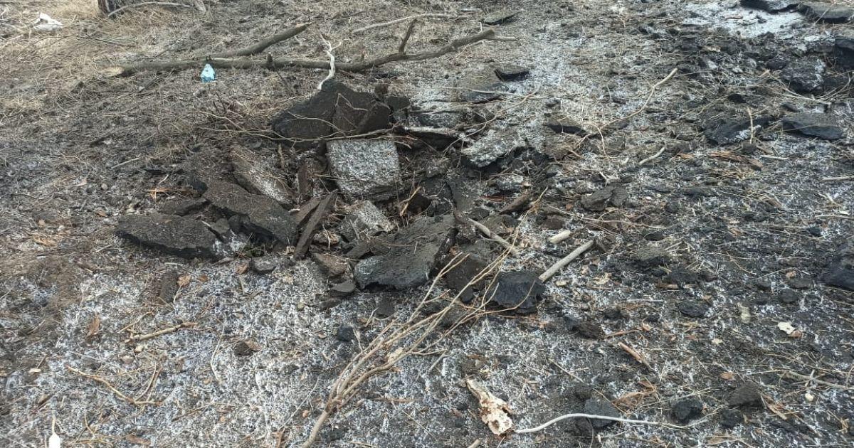 ГБР обнародовало фото кусков разорванной мерзлой земли на месте гибели троих военных на Донбассе