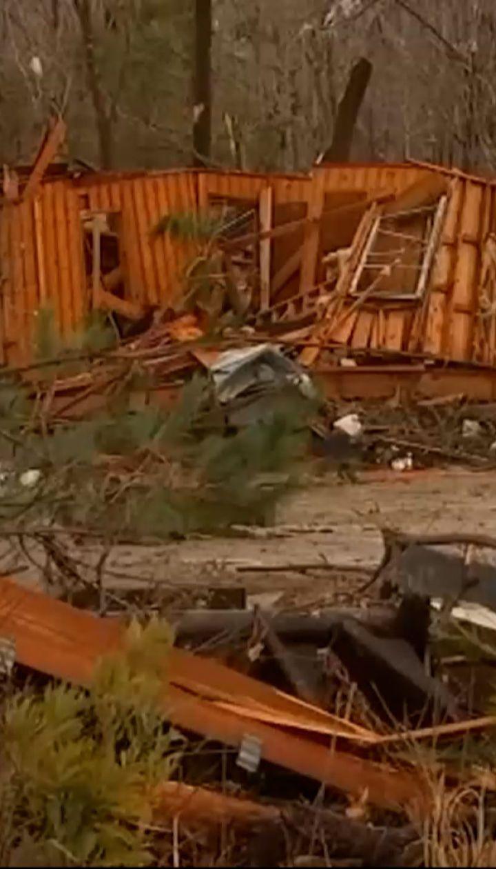 Новини світу: в США ураган забрав життя трьох людей