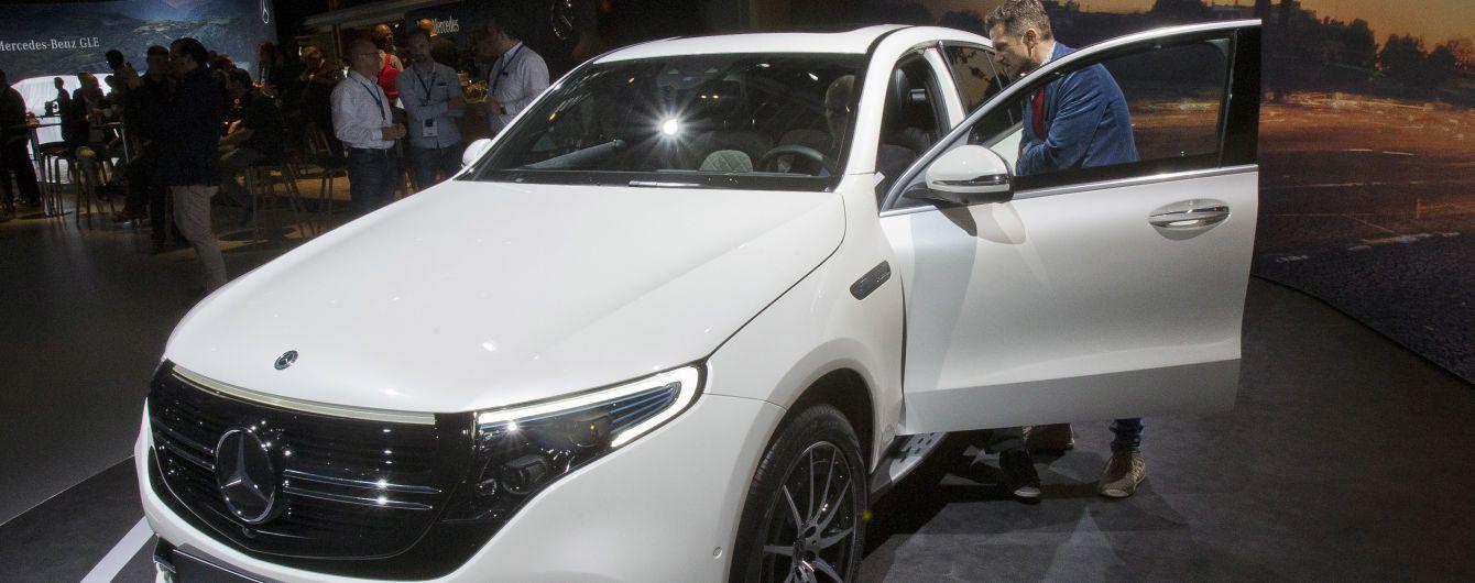 На украинский рынок вышел электрический кроссовер Mercedes-Benz EQC