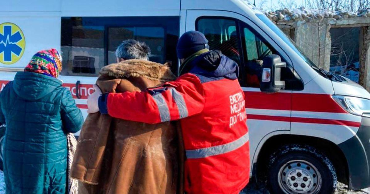 Более пяти часов звал на помощь: в Николаевской области в колодец с водой упал киевлянин (фото, видео)