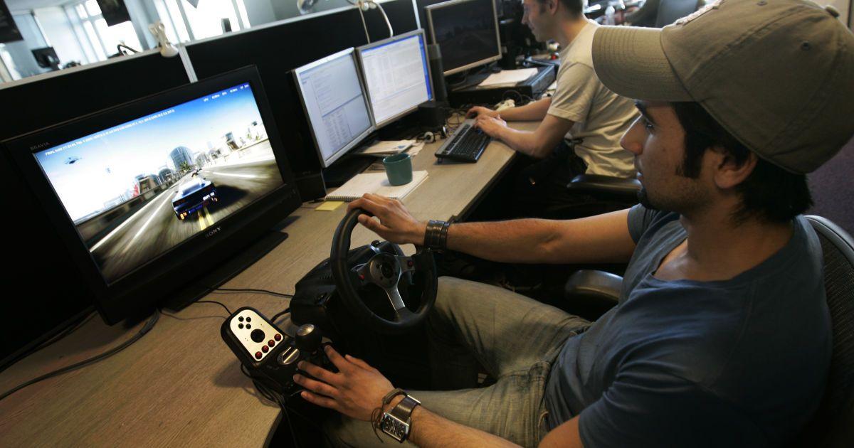 В самом разгаре Чемпионат Украины по цифровым кольцевым гонкам