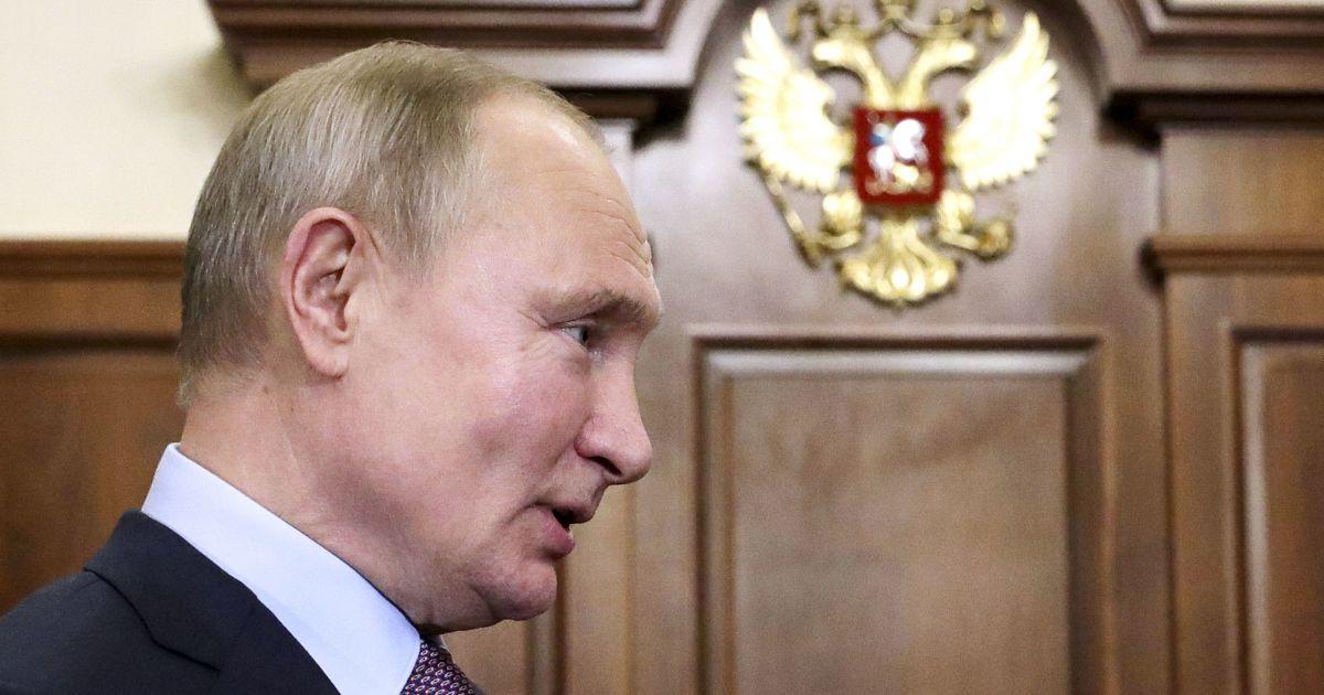 В Кремле назвали возможные темы беседы Зеленского и Путина