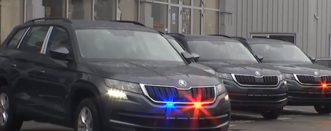 У патрульній поліції показали, як автомобілі-фантоми ловитимуть порушників ПДР: відео