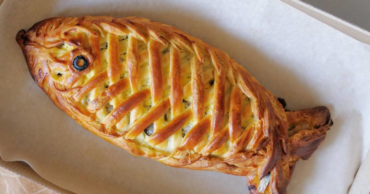 Рибний пиріг до свята Олекси Рибного