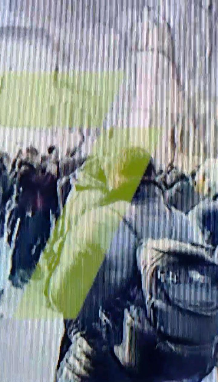В Одессе Стерненка приговорили к 7 годам: активисты устроили конфликт