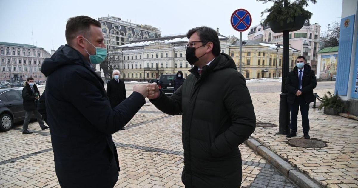Литва поділиться надлишком вакцини з Україною, щойно він з'явиться — глава МЗС