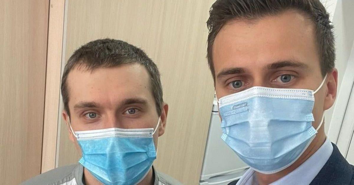 В Украине уже вакцинировали от коронавируса первого человека: кто получил прививку