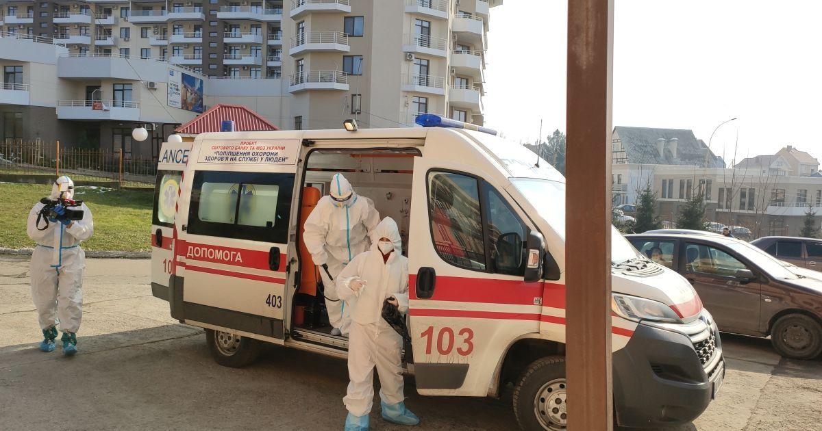 """""""Ситуация набирает обороты"""": врач рассказал, когда следует ожидать пика коронавируса"""