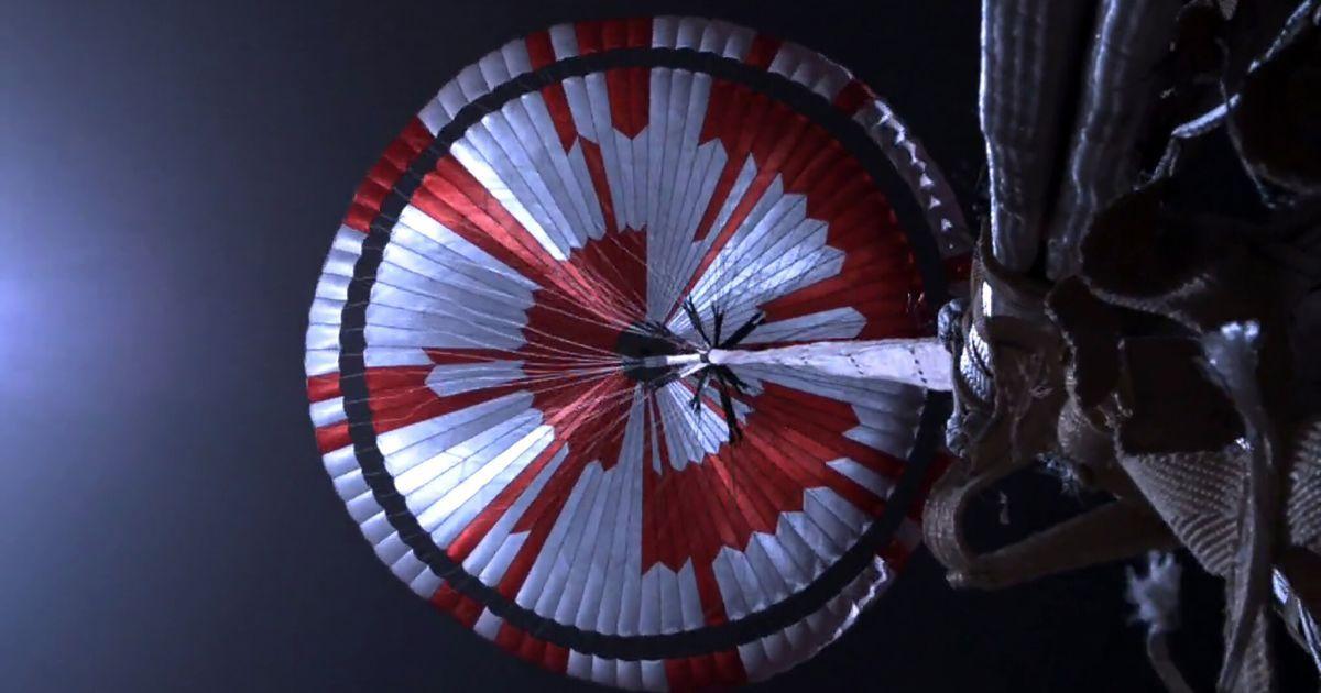 Ентузіасти розшифрували послання, закодоване на парашуті марсохода Perseverance