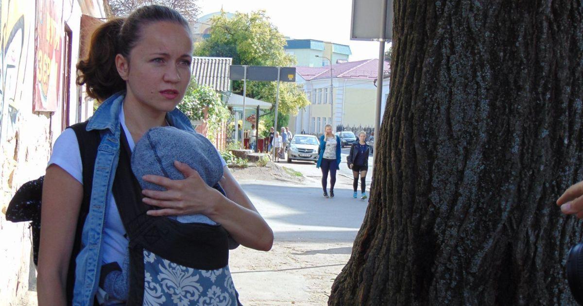 Ровенскую депутатку затравили, потому что взяла ребенка на работу: подробности скандала